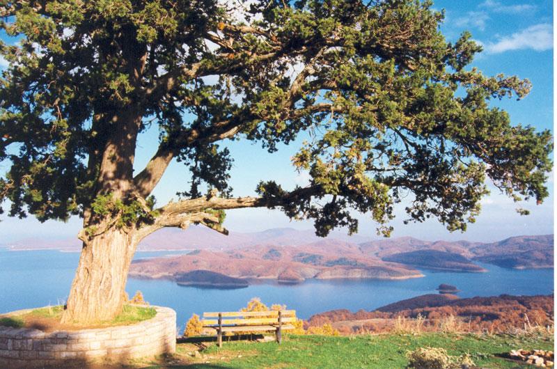 Λίμνη Πλαστήρα ή αλλιώς Λίμνη Ταυρωπού, Καρδίτσα, Θεσσαλία Ελλάδα.
